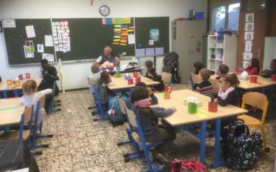 Bénédiction des cartables à l'école primaire