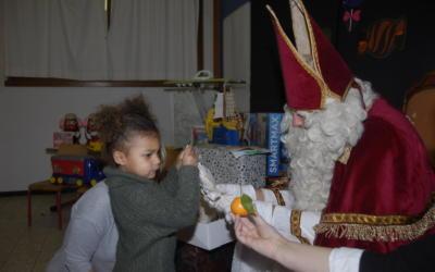 Enfin les photos de la Saint-Nicolas à l'école maternelle!