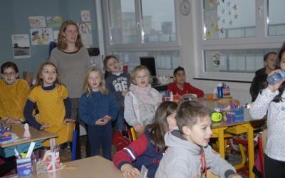 Et voici quelques photos de la visite du grand Saint à l'école primaire!