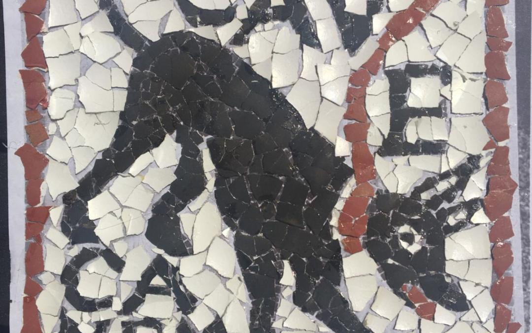 Challenge des déclinaisons, mosaïques et Trivial Pursuit latin: des élèves de 1e très actifs et créatifs pendant le confinement!